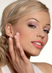 Домашні живильні креми для сухої шкіри, домашній крем, живильний крем, крем для сухої шкіри, крем, домашній крем для шкіри, крем