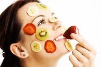 фруктово-ягідні маски для обличчя, маски для обличчя домашнього приготування, маски для обличчя