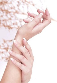 Зволожуючий крем для рук в домашніх умовах
